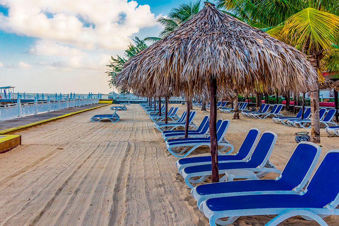 Playa Decameron Montego Beach Jamaica